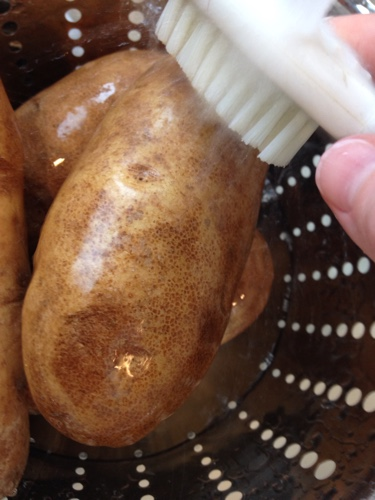 how to cook baked potatoes in the slow cooker