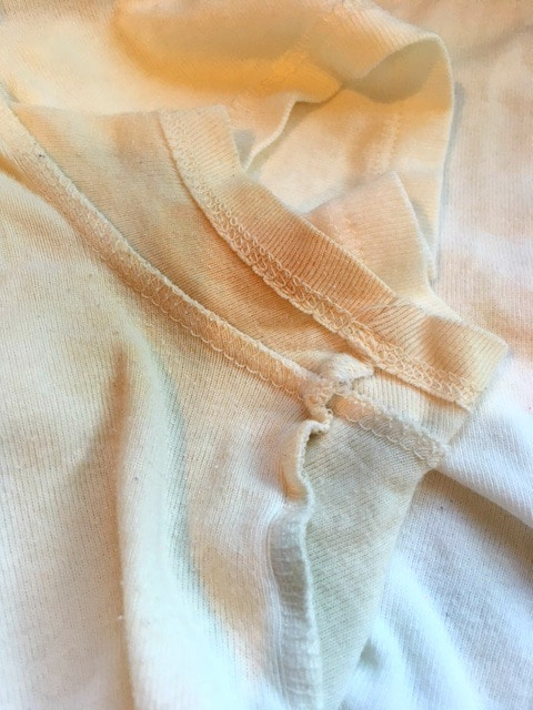 remove armpit stains