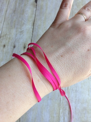 essential-oil-bug-bracelet.jpg