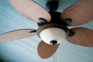 Simple Tips for Cleaning Ceiling Fans