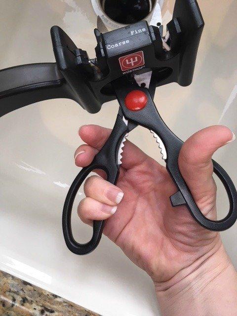 sharpen scissors
