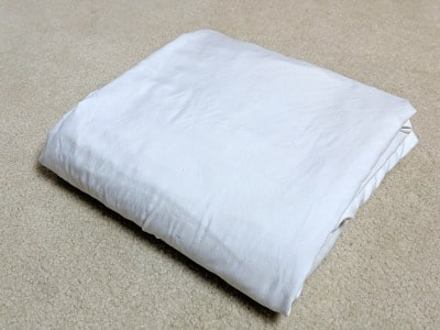 folded fitted sheets