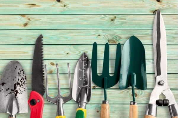 declutter yard tools